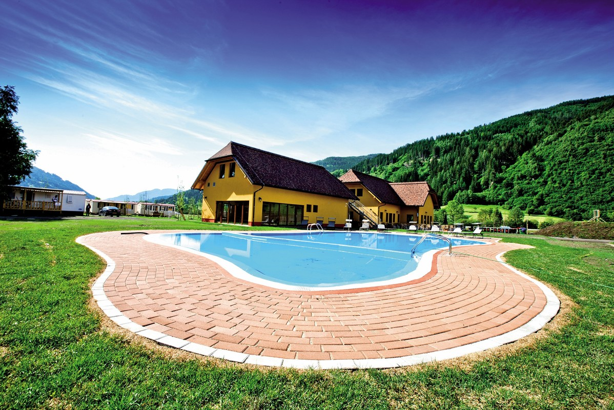Bella Austria, Swimming pool