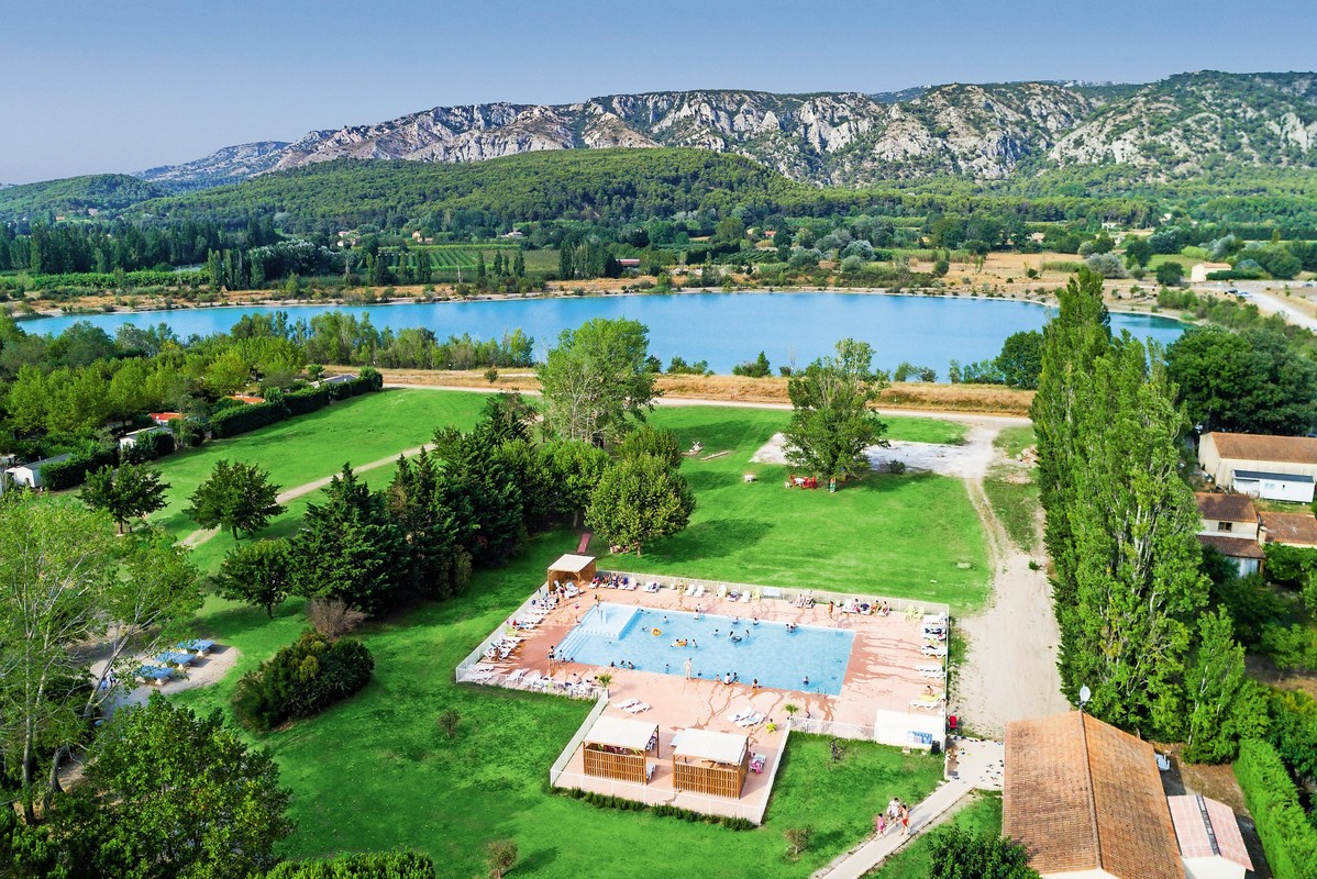 Campsite Les Rives du Luberon, France, Provence French Riviera, Cheval blanc